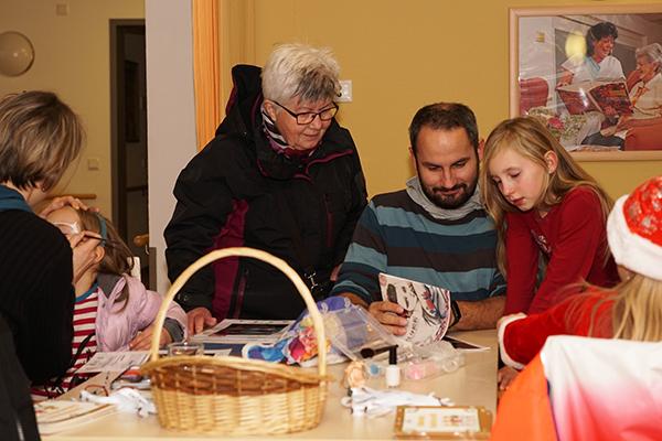 Basteln auf dem Weihnachtsmarkt